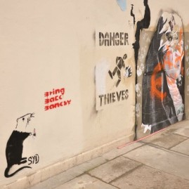 Crying rat, protesting for the stolen Banksy in Turnpike Lane